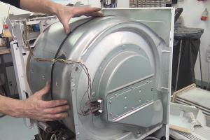 Whirlpool-Trockner dreht sich nicht mehr - Teil 1