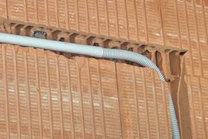 ratgeber elektroarbeiten  der wand vornehmen  diybookat