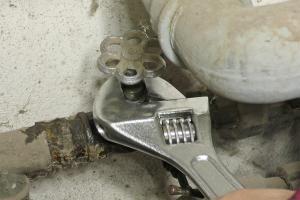 Outdoorküche Mit Spüle Reparieren : Küchenarmatur läuft aus: kartusche tauschen anleitung @ diybook.at