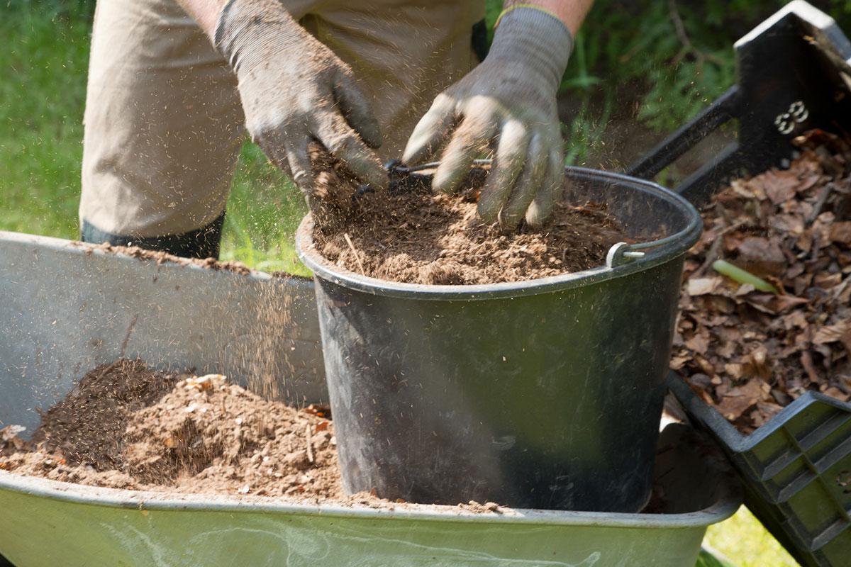 gartenboden und blumenerde - wissenswertes über erde - tipps, Garten dekoo