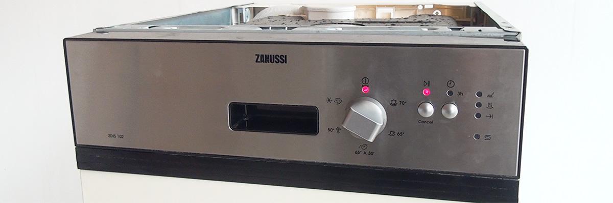 Spülmaschine läuft aus: Den Ablaufschlauch der Spülmaschine wechseln ...