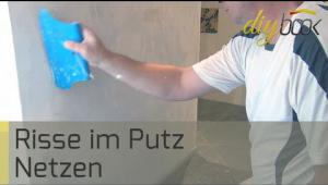 Embedded thumbnail for Risse im Putz sanieren
