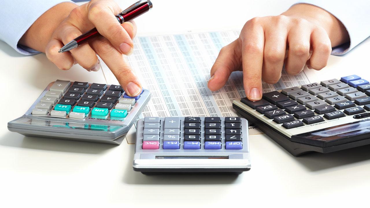 darlehen zinsen berechnen zinsen darlehen berechnen kostenloses excel tool kreditrechner. Black Bedroom Furniture Sets. Home Design Ideas